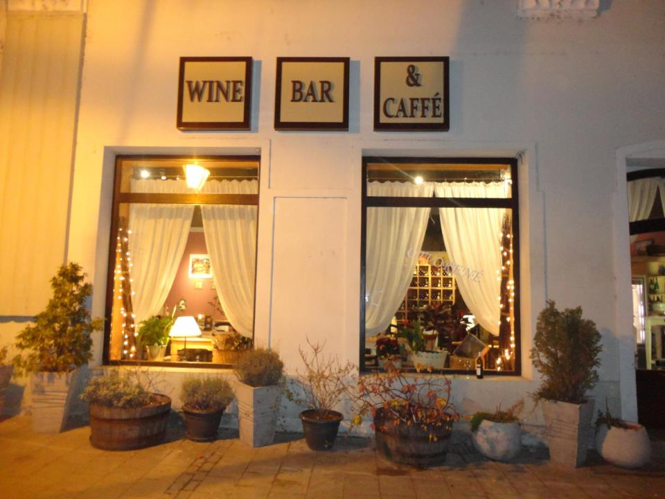 WineBar Caffe Nitra - raj slovenských a - Katalóg firiem  0b70cbd71ba