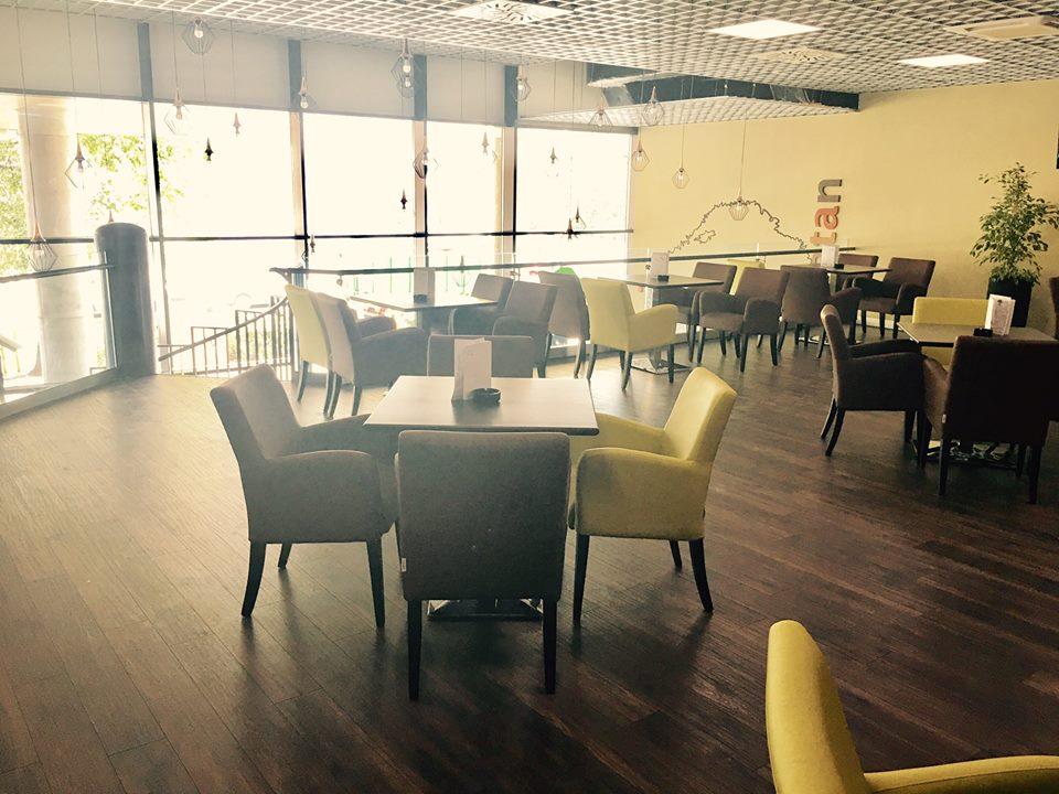 b780824b381 Kaviareň Caffe Platan v Galéria Mlyny v - Katalóg firiem